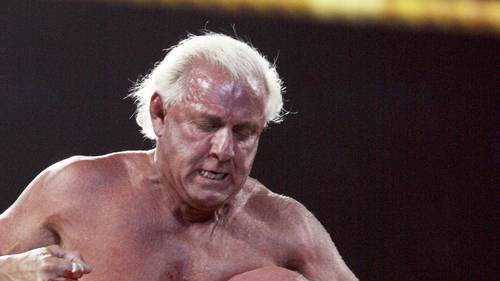 Ric Flair i kamp med sin store rival, Hulk Hogan i 2009. foto: All Over Press
