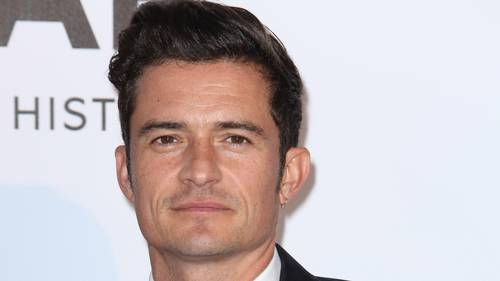 Orlando Bloom er ikke bleg for at vise kroppen frem. Foto: All Over Press