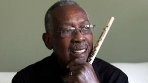 Clyde Stubblefield i sit hjem i Madison, Wisconsin anno 2013 - kapaciteten lagde fundamentet for funkmusikken. Foto: AP