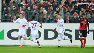 Robert Lewandowski kunne juble over scoringer i Bayern Münchens 2-1-sejr over Freiburg. Foto: All Over Press