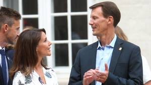 Prins Joachim (her med prinsesse Marie) interviewes i 'Go'aften Danmark'. Foto: All Over