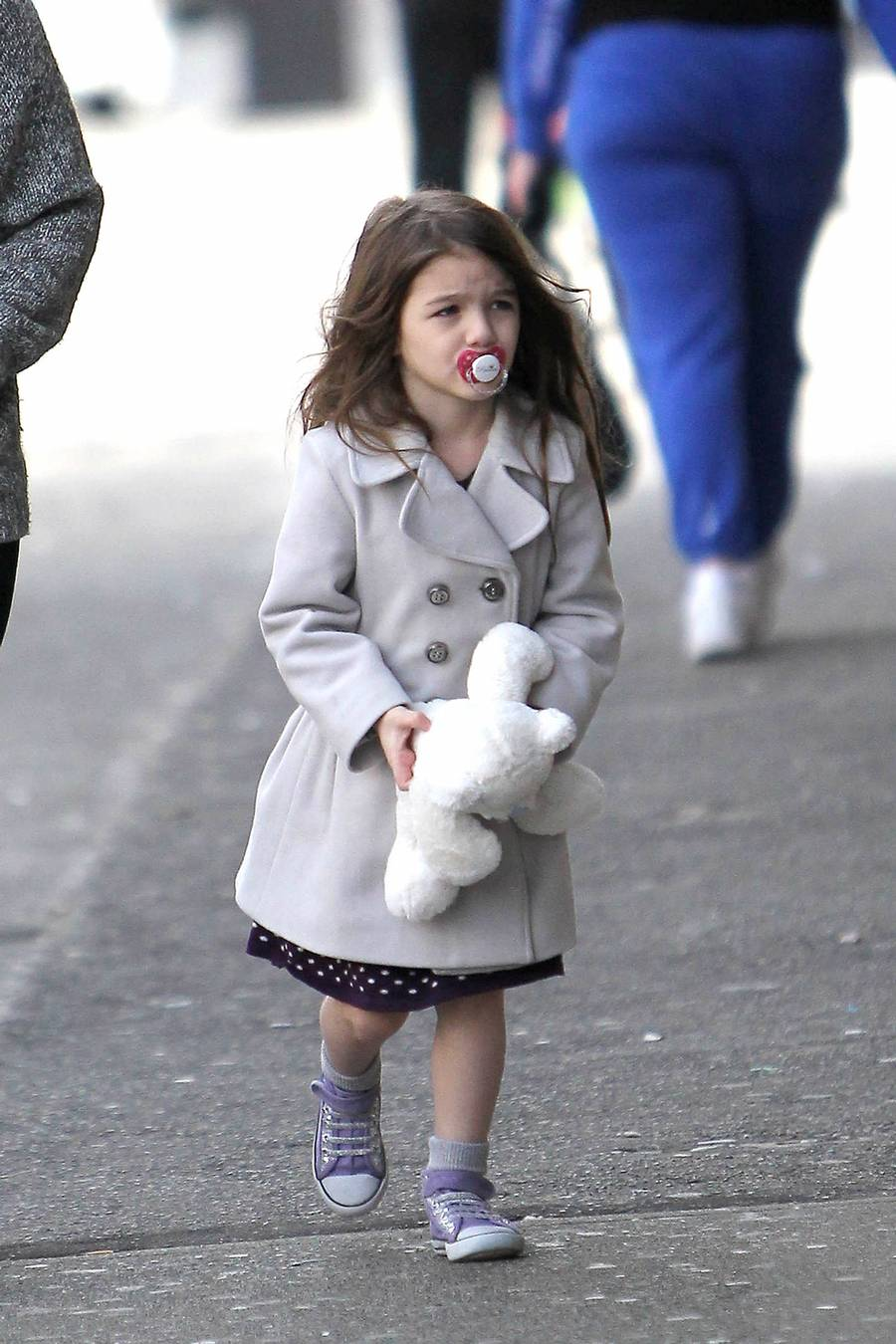 Katie Holmes vil ikke have sin datter, Suri hjernevasket i Scientology. Foto: All Over Press