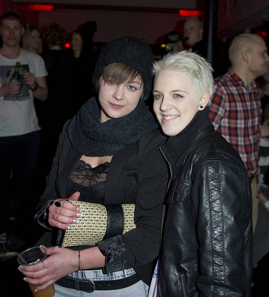 Sarah og Frederikke ses her på afterparty på X Factor.(Foto: Kenneth Meyer)
