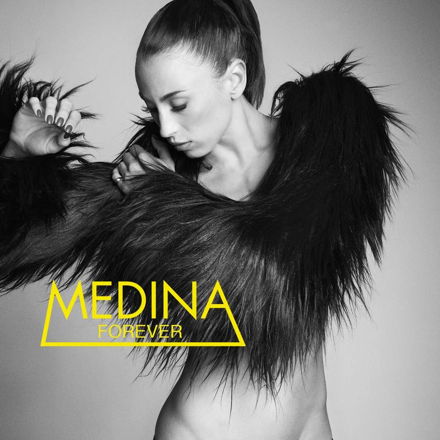 Coveret til Medinas internationale produkt, 'Forever'.