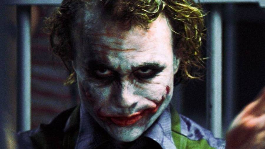 Heath Ledger i rollen som Jokeren. (Foto: AP/Warner Bros).