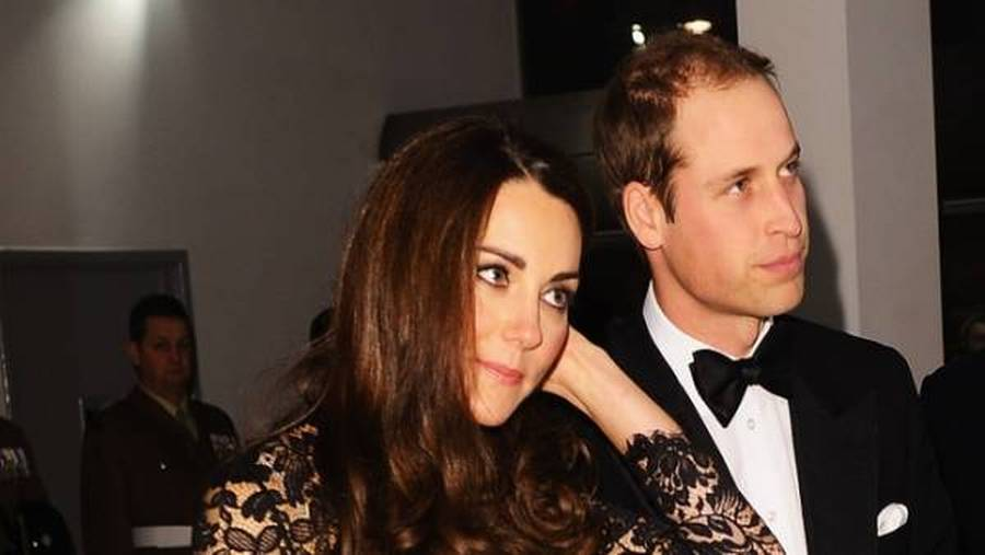 Kate og William har vundet over det franske sladderblad Closer. (Foto: AP)