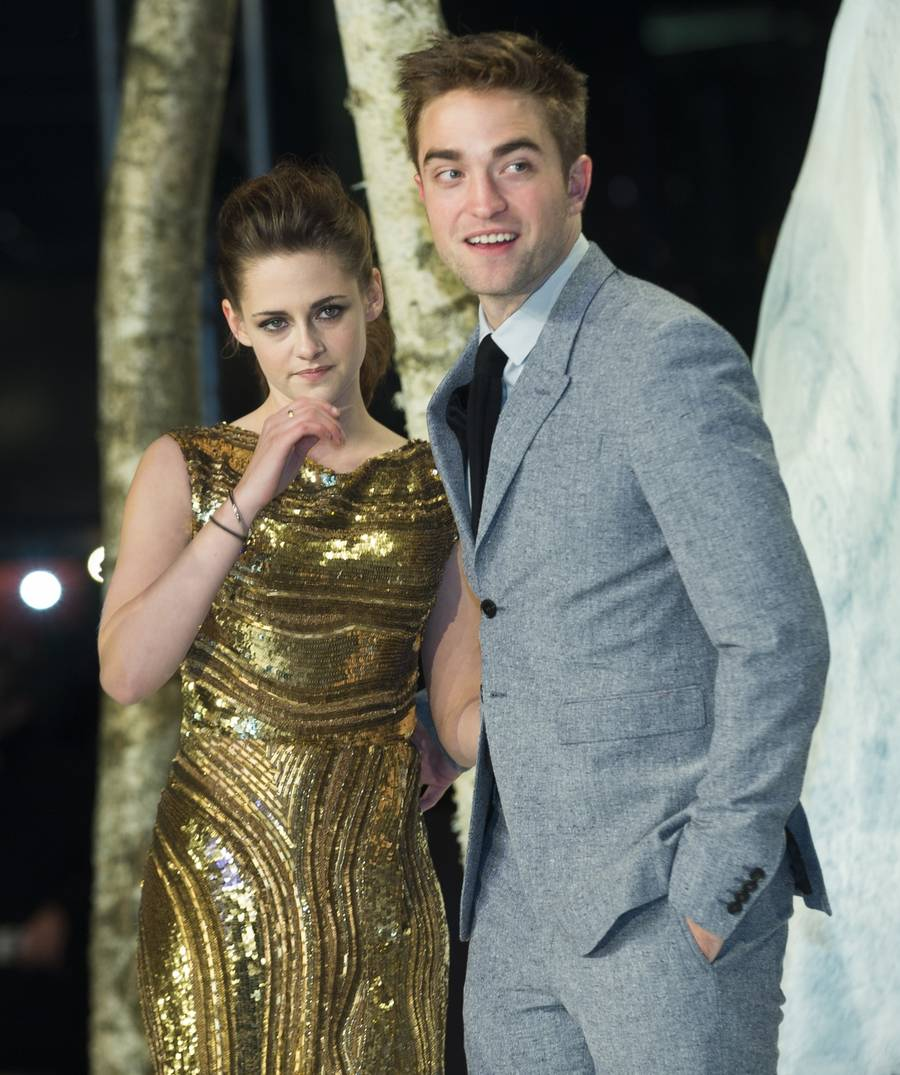 Robert Pattinson og Kristen Stewart er par igen. (AP Photo)