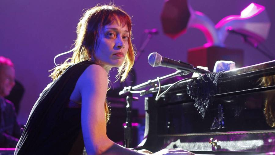 Fiona Apple prioriterer sit kæledyr over sin turné. (Foto: AP)