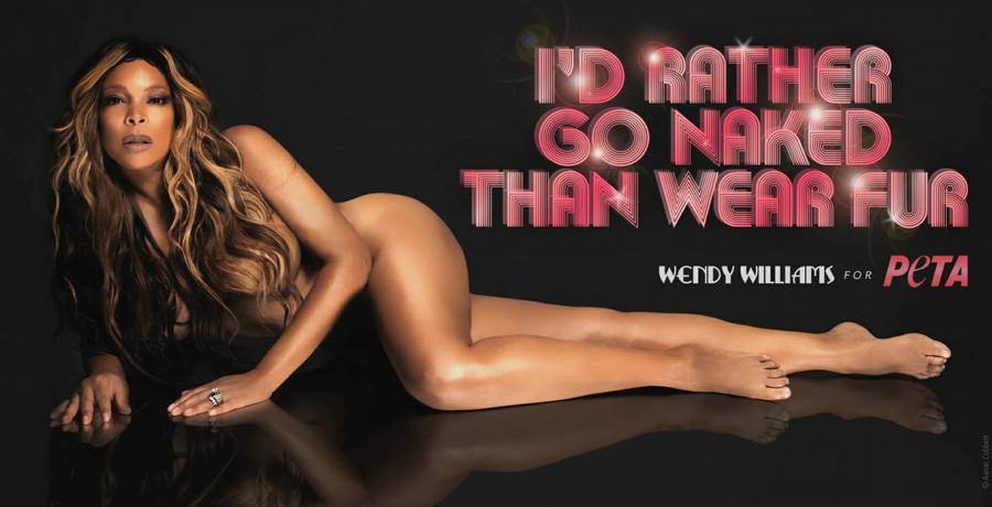 Wendy Williams viser kurverne frem for at promovere PETA. (Foto: PETA).