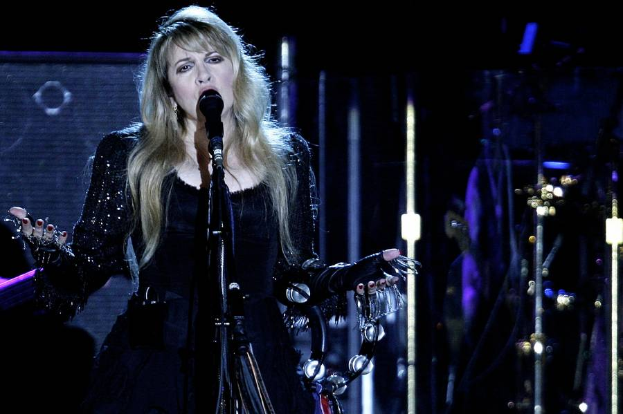 Stevie Nicks under Fleetwood Macs koncert i Parken i oktober 2009. (Foto: Polfoto/Peter Hove Olesen)