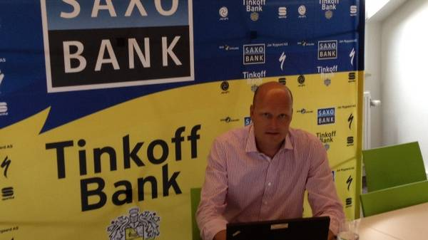 Bjarne Riis chatter i Liege forud for Tour-start