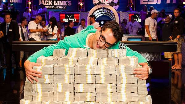 Antonio Esfandiari får mulighed for at forsvare sin titel i 'The Big One for One Drop' i 2014. (Foto: WSOP)