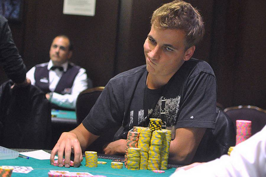 Tyske Philipp 'Philbort' Gruissem er klar chipleader i turneringen. (Foto: World Poker Tour)