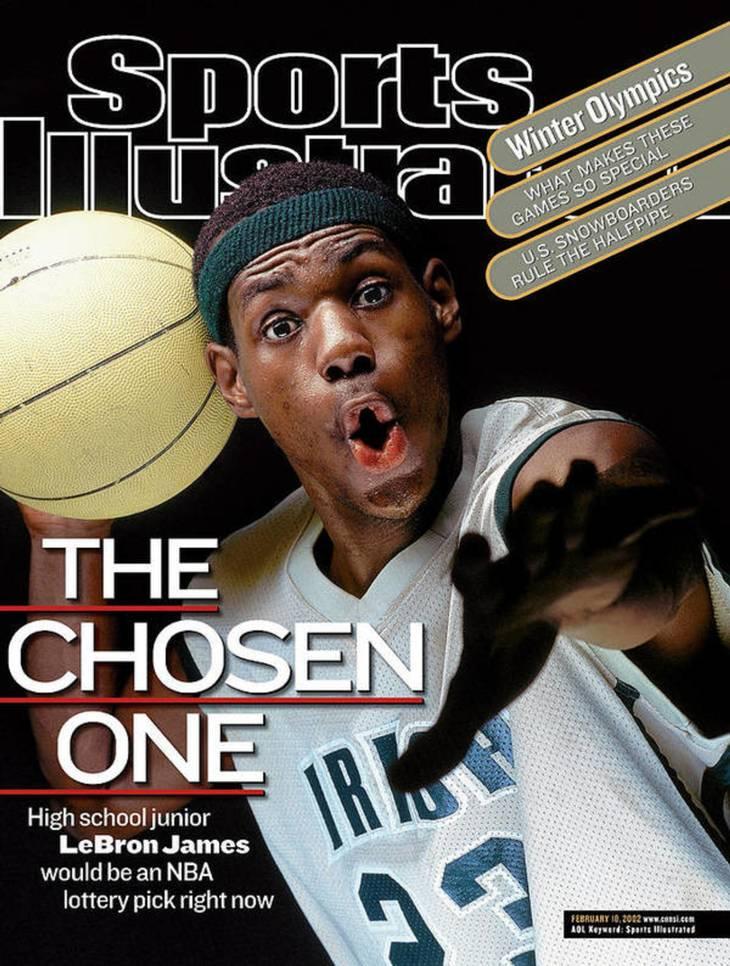 Allerede som 17-årig var LeBron James på forsiden af Sports Illustrated. Trøjen på billedet er den, der er solgt for over 3,2 mio. kr. Foto: Sports Illustrated