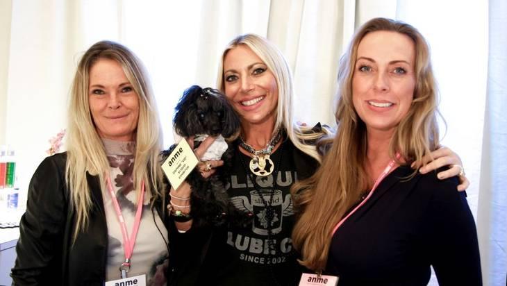 JoanB, Mie fra tucanshop.dk og Michelle fra amerikanske Slidquid, der står bag udviklingen af den første 100 procent veganske glidecreme. Foto: Privat