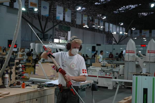 Der dystes i mange forskellige håndværk, og det er både et flot, men også hårdt VM at deltage i. Foto: SkillsDenmark