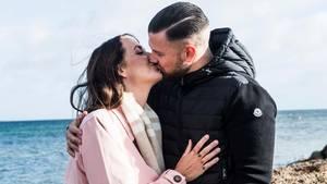Geggo og Cengiz skal giftes. Og det bliver uden kameraer. Foto: Stine Tidsvilde