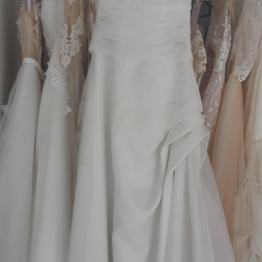 d33179c7 Nægter at tage brugt brudekjole retur: Kræver 1,3 millioner – Ekstra ...