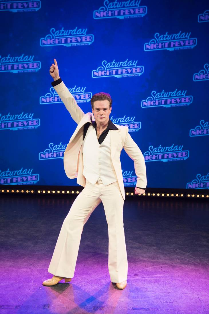 Musical-stjernen Silas Holst giver den gas som karakteren Tony Manero i 'Saturday Night Fever'. Foto: UNGER ANTHON