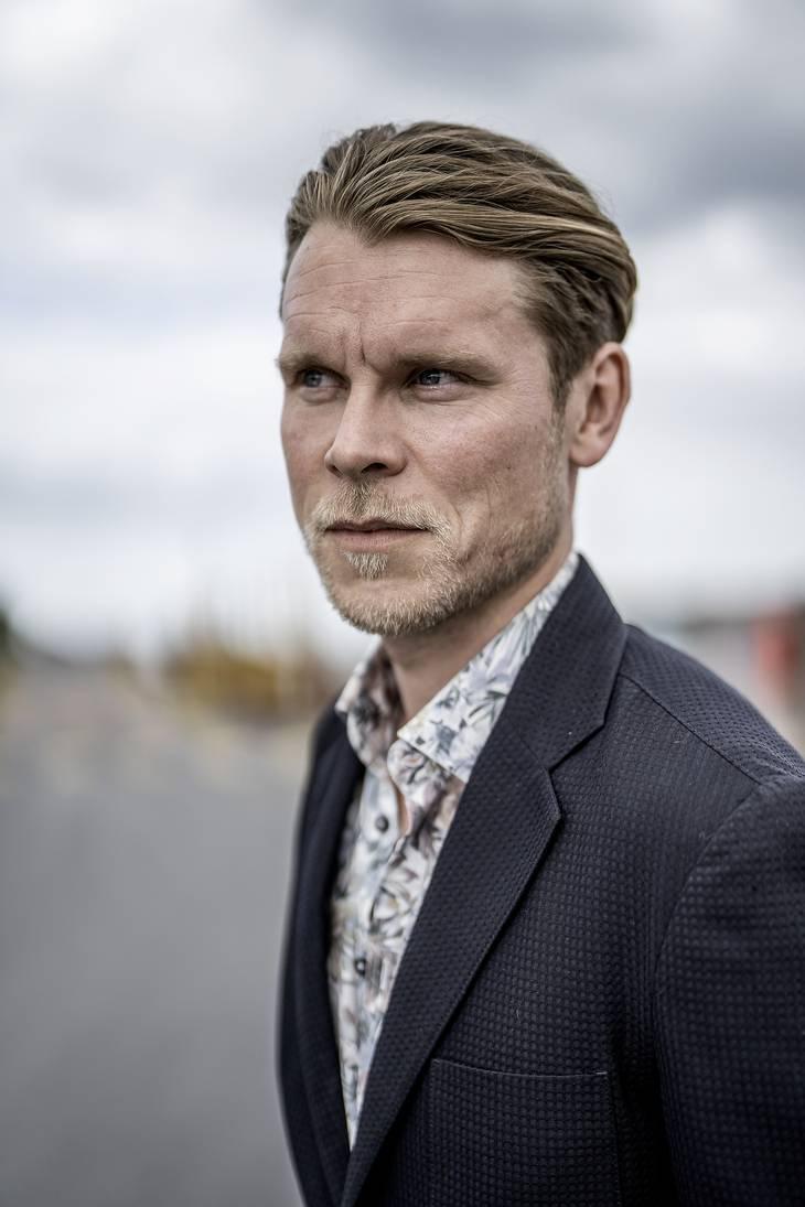 Det var i gymnasiet, at Thue Ersted Rasmussen fandt ud af, at han skulle være skuespiller. Foto: Henning Hjorth