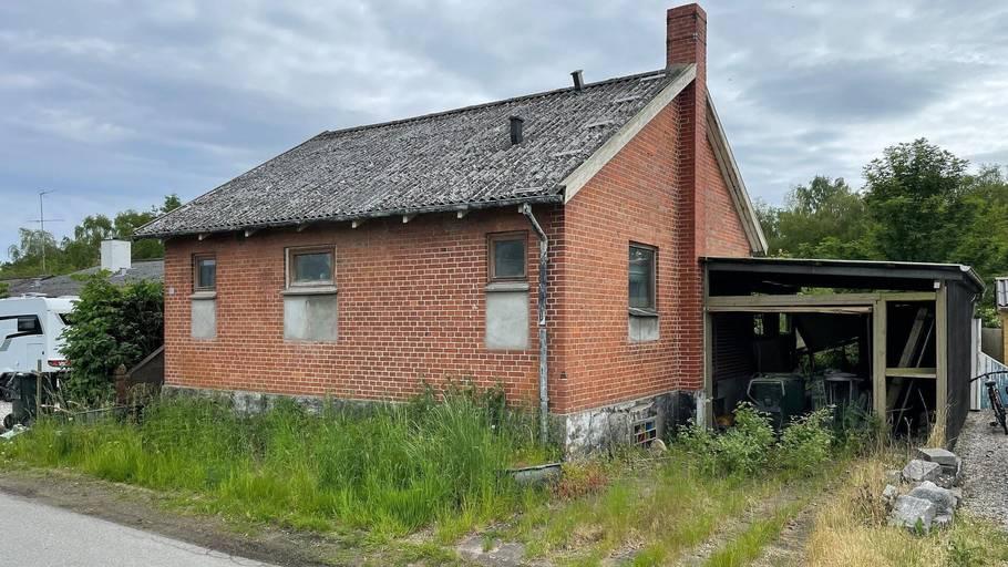 Her er huset, du kan få fingrene i for blot 95.000 kroner. Foto: Boliga.dk