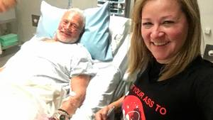 Buzz Aldrin ses her i en hospitalsseng efter evakueringen fra Sydpolen. Foto: Christina Korp/AP