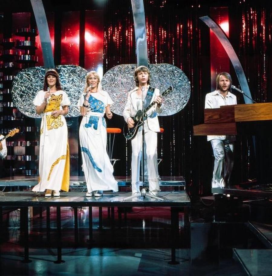 ABBA anno 1976 - søndag aften sang de sammen for første gang i 30 år. (Foto: AP)