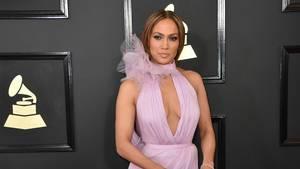 Sexede Jennifer Lopez er træt af at blive kaldt en cougar. Foto: AP
