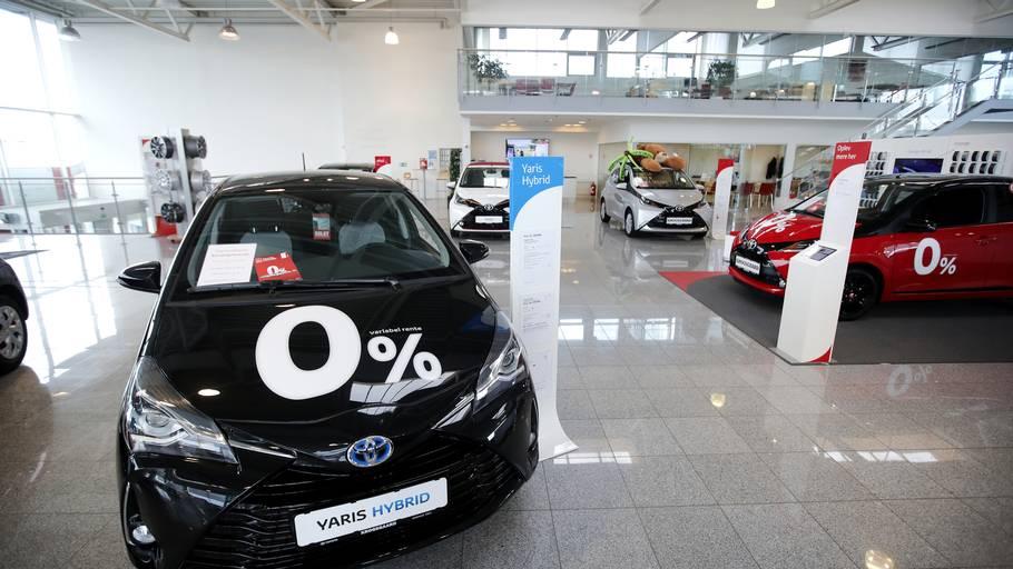 ed2d7d9cc703 Toyota siger stop  Ingen nye personbiler skal køre diesel – Ekstra ...