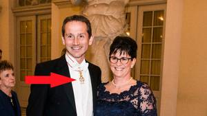 Venstres kronprins har takket nej til dronningens ordener i årevis. Men nu er han blevet kommandør af Dannebrog. Foto: Stine Tidsvilde
