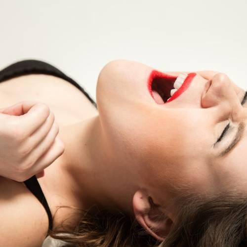 Modne Miss Robinson: Sådan jagter jeg de vildeste orgasmer - også på jobbet