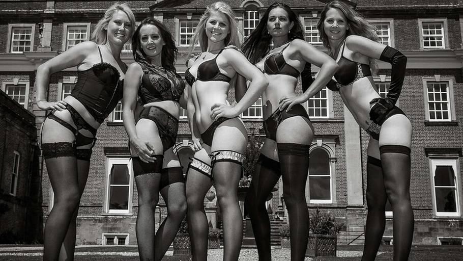 kalender piger nøgne kvindes krop