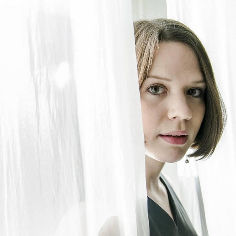 Amalie Dollerup tidligere barnestjerne må knokle for at få job – ekstra bladet
