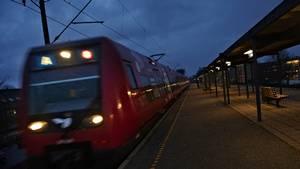 Tre slumrende passagerer blev i nat bestjålet i S-toget linje A. Foto: Tariq Mikkel Khan