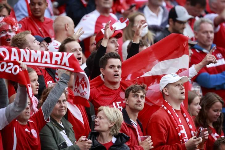 Der er gjort plads til 7900 danskere til semifinalen mellem Danmark og England på Wembley onsdag aften. Foto: Jens Dresling