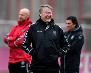 Åge har fundet manden, der skal overtage fra skadede Dolberg og Jørgensen. Foto: Lars Poulsen