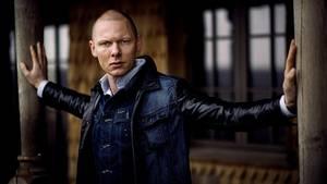 Designer, modekommentator og forfatter Jim Lyngvild vælger dansk, når han skal hyre håndværkere. Foto: Daniel Hjorth