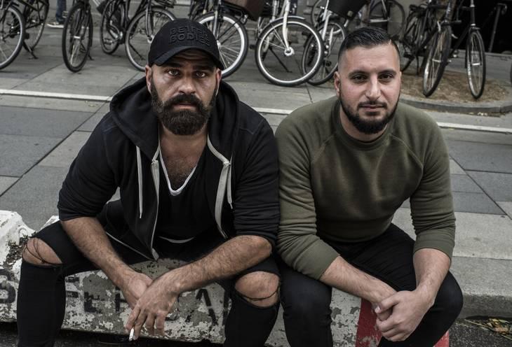Behdad og Tharek har ikke umiddelbart nogen planer om at tage tilbage til Thailand, selvom de har lejet en lejlighed frem til april næste år. Foto: Ole Steen