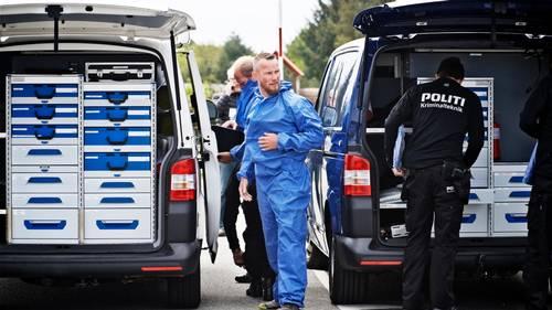 Kriminalteknikere ankommer til campingpladsen. Foto: Christer Holte