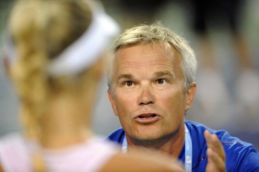 Piotr Wozniacki vil forsøge at indprente Caroline, hvor vigtigt det er, at hun ikke lader sig gå på af modstanderens opførsel (Foto: AP)