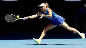 Caroline Wozniacki lader sig fortsat presse ud af brættet, når hun møder en formstærk hardhitter, så troen på slam-succes er for nedadgående. Foto: AP