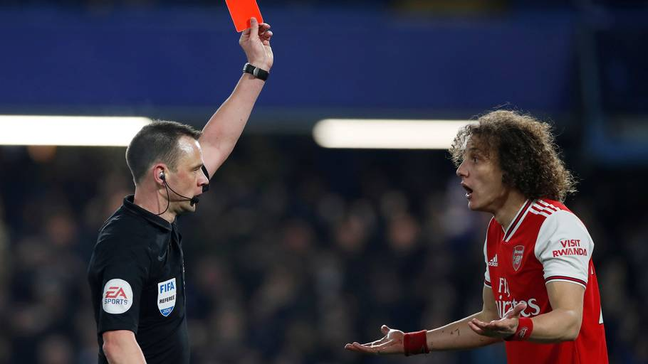 Der var bare spillet 28 minutter, da David Luiz så rødt. Foto: Action Images via Reuters/Paul Childs/Ritzau Scanpix