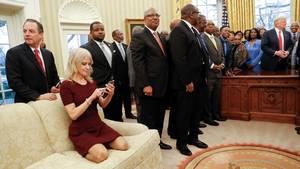 Her ses det billede, som store dele af USA taler om (Foto: AP/Pablo Martinez Monsivais)