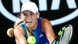 Caroline Wozniacki har tænkt sig at vende statistikken på hovedet og gå hele vejen til finalen. Foto: AP