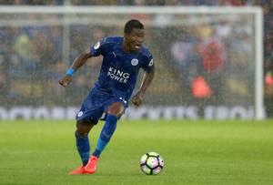 Leicesters Daniel Amartey kan sikre sin tidligere klub FC København et par millioner kr. Men det kræver de engelske mestre overlever i Premier League. Foto: All Over