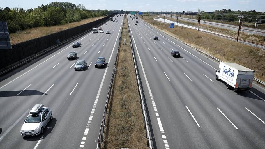 Ifølge kommunerne vil en nedsættelse af hastigheden fra 110 til 90 km/t. kunne sænke støjniveauet med 2-3 dB. Foto: Jens Dresling