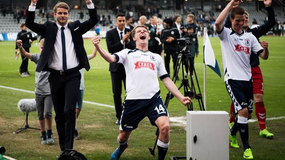 02cfcc105c6 AGF'erne jublede over forbliven i Superligaen. Nu starter oprydningen.  Foto: Gregers
