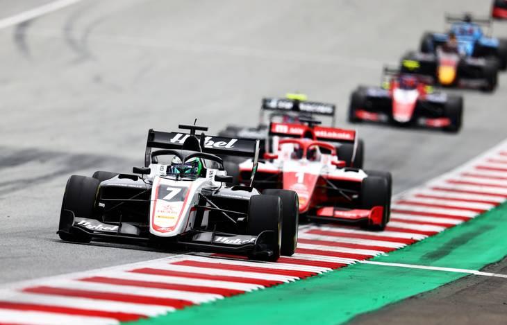 Frederik Vesti startede toer i Østrig, overhalede Dennis Hauger på femte omgang og vandt for andet år i træk på Red Bull Ring. Foto: Clive Rose/Getty/FIA Content Pool