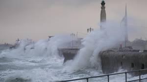 Stormen Doris hærger torsdag i Storbritannien. Foto: Zuma Press