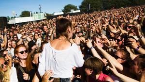 Danskerne myldrer til koncerter, hvor arrangørerne gør alt for at holde sikkerheden i top. Foto: Ivan Boll Riordan/POLFOTO